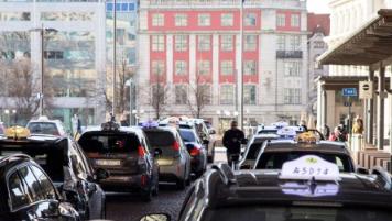 노르웨이 오슬로에 첫 전기택시용 무선충전 승강장 들어선다