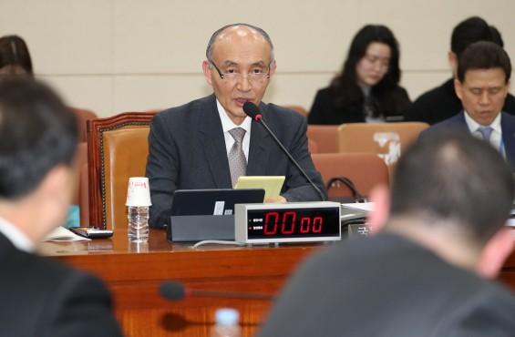 조동호 장관 후보자 과기 기관장 사퇴 종용 문제 묻자 답변 회피