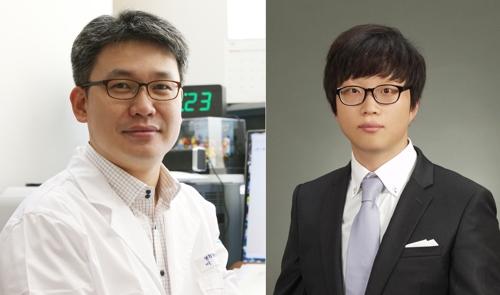 KAIST 의과학대학원 이흥규 교수(왼쪽)와 오동선 박사. 한국연구재단 제공