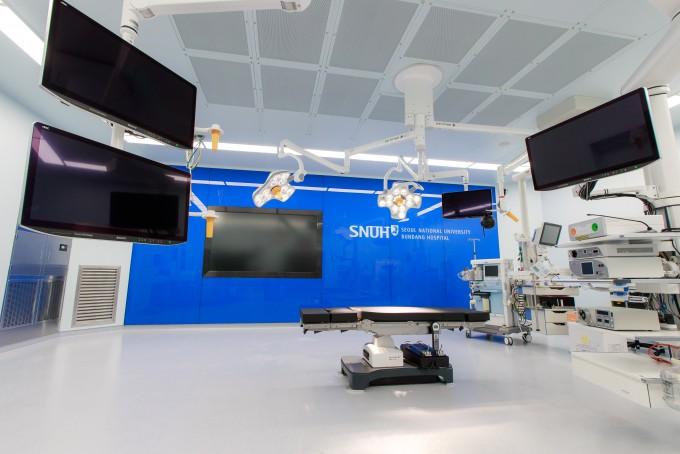 스마트 수술실 내부 모습. 분당서울대병원 제공
