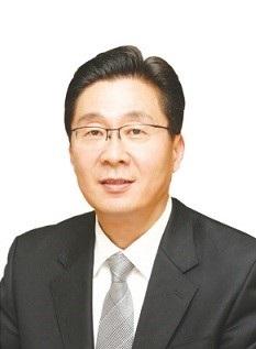 권동일 서울대 재료공학부 교수