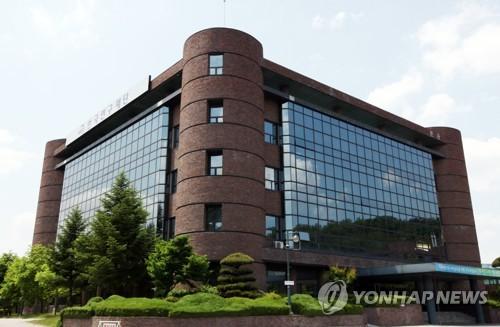 한국 학자 부실추정 학회 여전히 '기웃'…숫자는 급감