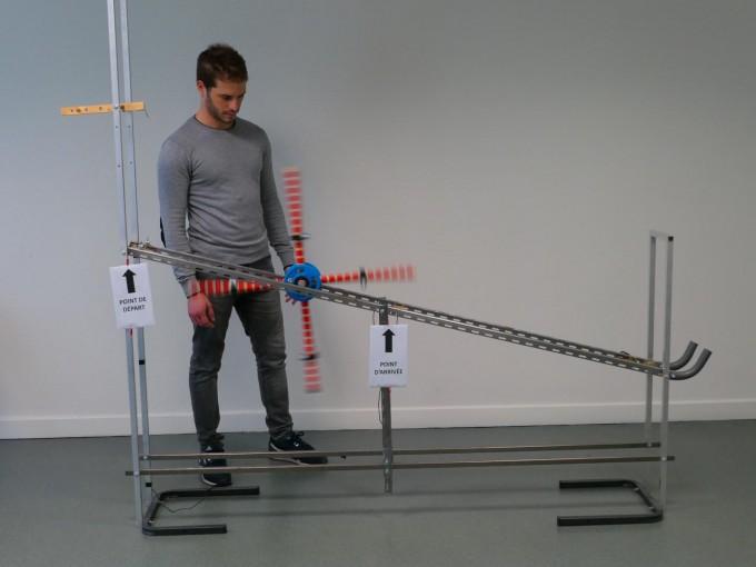 막심 데렉스 영국 엑세터대 생명과학부 연구원 연구팀은 바퀴 개선 실험을 통해 기술의 진화가 원리를 이해하지 않고도 이뤄질 수 있음을 보였다. 막심 데렉스 제공
