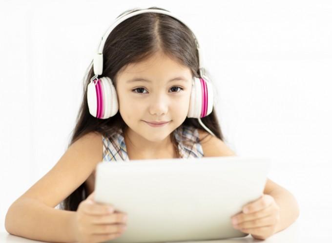 공부할 때 같은 음악을 들어도 외향적/내향적 등의 차이에 따라  효과가 달라진다는 연구결과가 있다. 게티이미지뱅크 제공