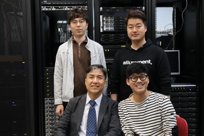조광현 KAIST 바이오및뇌공학과 교수 연구팀은 인간 뇌의 제어영역들이 분산된 동시에 서로 중첩돼 상호작용을 한다는 연구결과를 10일 발표했다. KAIST 제공