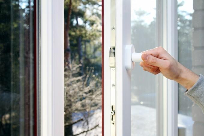 공기청정기 없이 환기만으로 실내 대기질을 높일 수 있는 스마트 환기장치가 개발됐다. 실내외 온도조절 기능도 갖춰 에너지도 크게 절약할 수 있다.게티이미지뱅크 제공