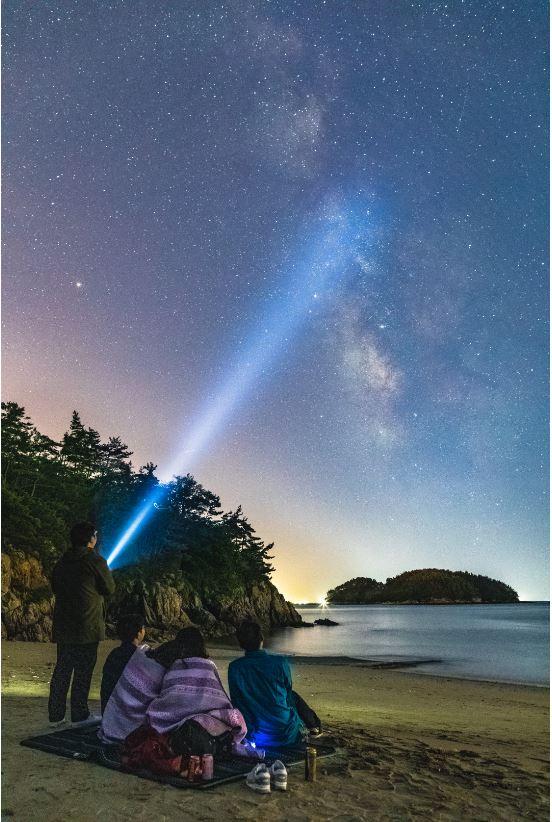 배재윤 씨의 ′서천 해변가에서 은하수를 비추다′ 천문연 제공