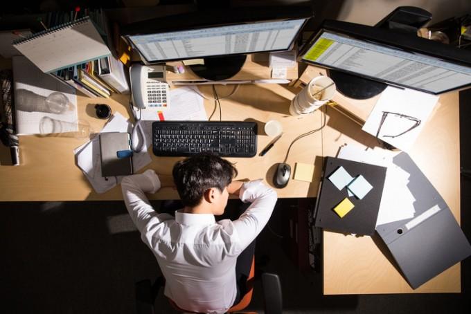 직장인, 그 중에서도 고혈압을 겪고 있는 직장인에게 ′직장 내 스트레스′와 ′수면 장애′가 특히 위험하다는 연구 결과가 나왔다. 게티이미지뱅크 제공