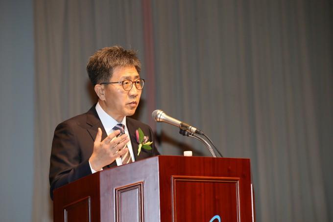 박원석 신임 원자력연구원장이 1일 취임식에서 취임사를 하고 있다. 한국원자력연구원 제공.