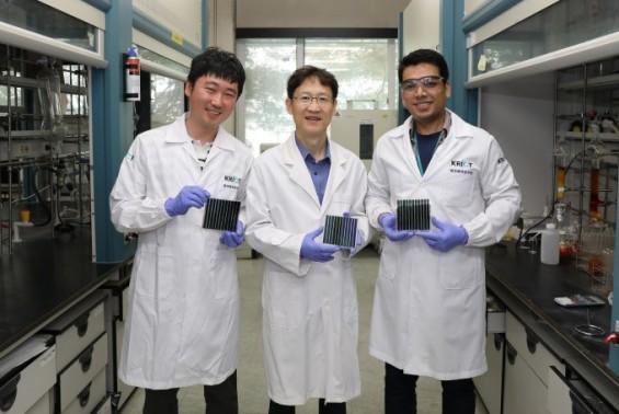 효율 2배 높인 유기태양전지 대량생산 기술 개발