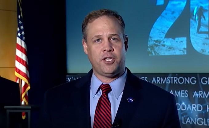 짐 브라이든스틴 NASA 국장