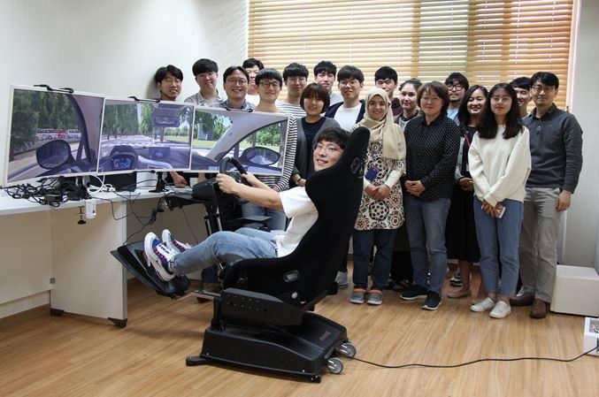 광주과학기술원(GIST)은 김승준 융합기술학제학부 교수 연구팀이 한국콘텐츠진흥원 문화기술연구개발사업의 '공공안내 표지판의 시인성 평가방법 및 도구 개발' 과제의 최종 주관기관으로 선정됐다고 14일 밝혔다. GIST 제공.
