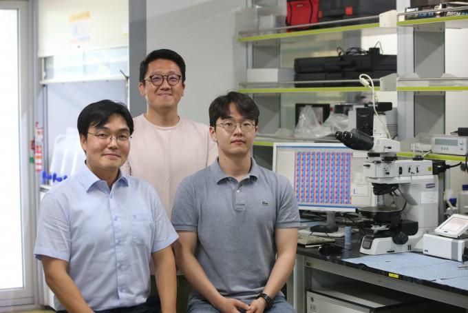 연구를 주도한 윤동기 교수와 김형수 교수, 박순모 연구원(왼쪽부터). KAIST 제공.