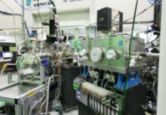 꿈의 에너지 소재 개발에 쓰일 35번째 빛 발사장치 준공