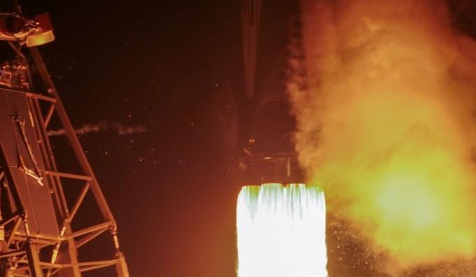 2019년 2월 21일(미 현지시각) 달 탐사선 ′베레시트′가 스페이스X 팔콘9 로켓에 실려 발사되고 있다.UPI/연합뉴스