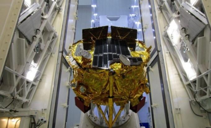 스페이스IL팀과 항공회사인 IAI가 미국 플로리다주에서 이스라엘의 첫 달 탐사선 '베레시트'의 연료주입 및 조립 테스트를 성공적으로 마쳤다. 스페이스IL