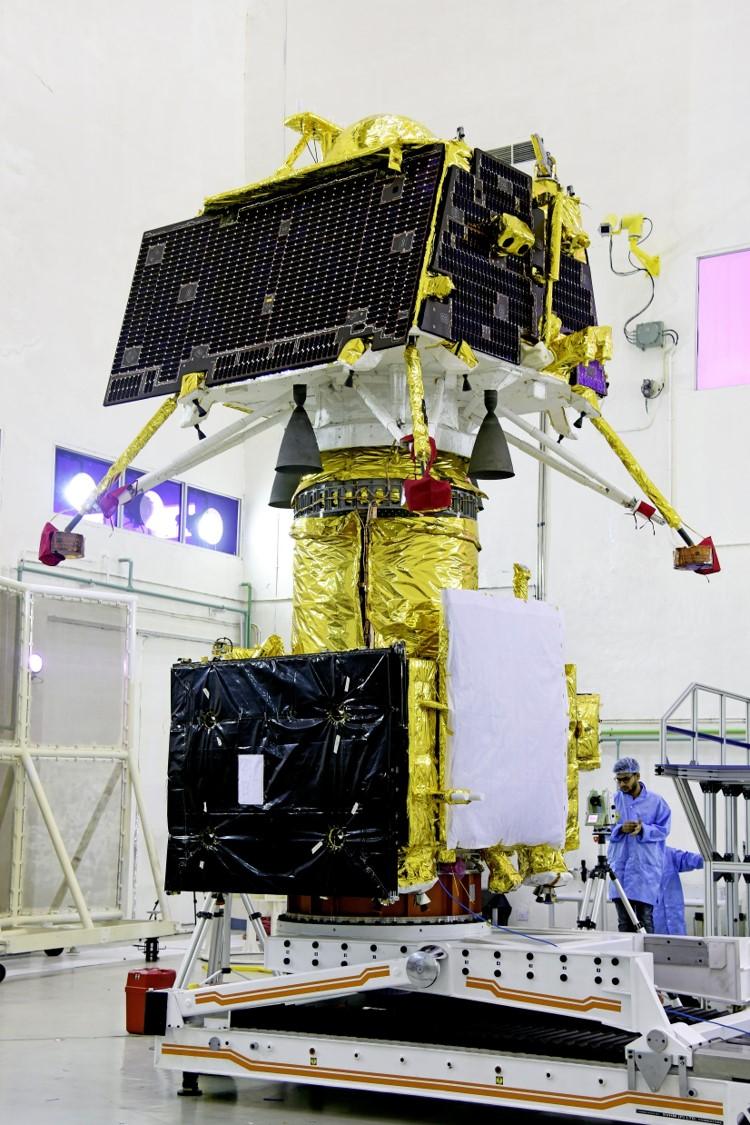 인도의 달 탐사선 찬드라얀 2호의 모습이다. 아래가 달 궤도선이고 위에 올려져 있는 것이 달 착륙선 비크람이다. 인도우주연구기구 제공
