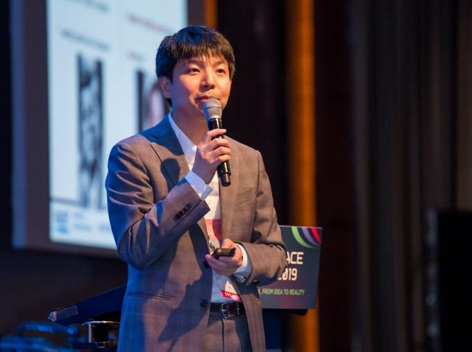 안재명 한국과학기술원(KAIST) 항공우주공학과 교수는 19일 서울 여의도 콘래드호텔에서 열린 ′코리아 스페이스포럼 2019′에서 전 세계 발사체 개발과 시장에서의 트렌드를 소개했다. 코리아스페이스포럼/AZA