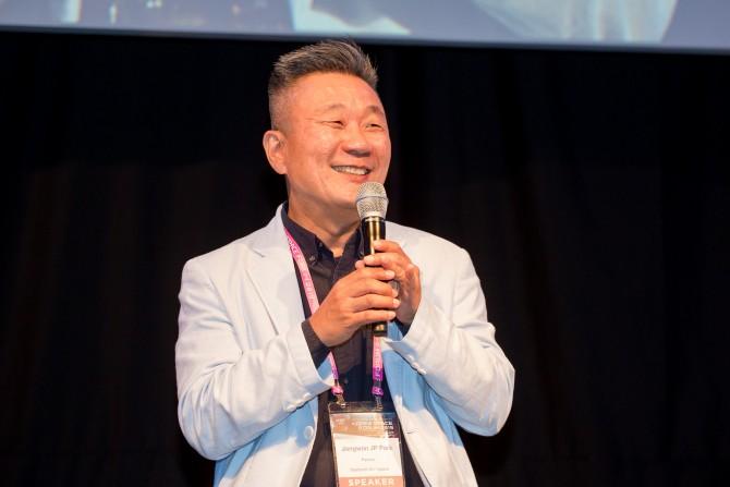 코리아스페이스포럼에서 박종원 스타버스트 에어로스페이스 파트너 아시아담당 부사장이 의견을 말하고 있다. 코리아스페이스포럼/AZA