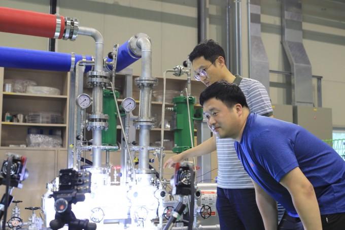 선경호 한국기계연구원 기계시스템안전연구본부 책임연구원 연구팀이 AI가 운전 중인 기계설비 영상을 기반으로 기계의 고장여부를 알아내는 기술을 개발했다. 기계연 제공