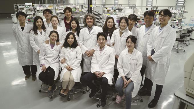 연구에 참여한 인지 및 사회성 연구단 인지 교세포과학 그룹. 사진제공 IBS