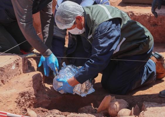 고고학자들, 잉카 이전 문명 '티와나쿠' 그릇 첫 발굴
