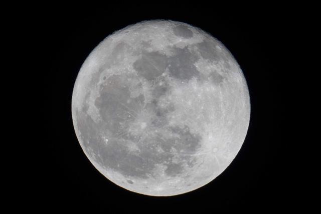 """미국, 옛소련, 중국 이어 달탐사 나선 인도 """"우리는 달의 남극으로 간다"""""""