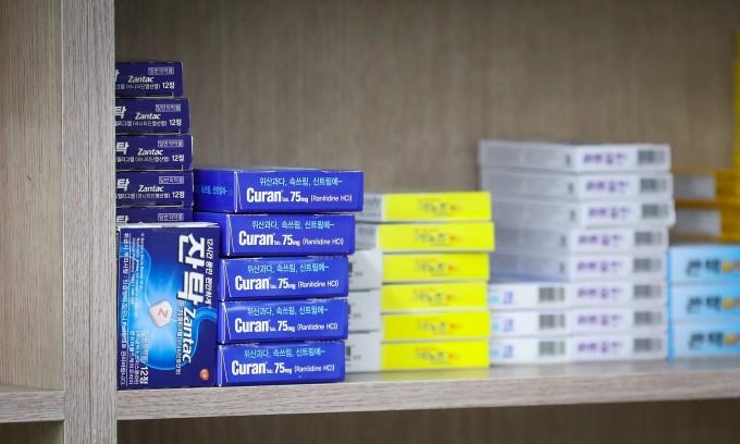 식품의약품안전처는 잔탁, 큐란, 알마딘, 겔포스디엑스정 등 라니티딘 성분 약품 269개에서 발암물질인 NDMA(N-니트로소디메틸아민)가 검출됐다고 26일 밝혔다.연합포토 제공