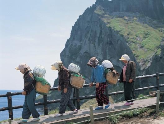 [프리미엄리포트] 2100년 현존 언어 절반 이상이 사라진다