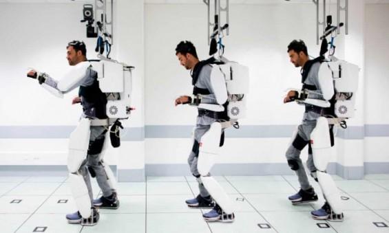 사고로 몸 마비된 28세 청년, 뇌파로 작동하는 로봇옷 입고 다시 걸었다