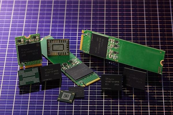 SK하이닉스가 개발한 CTF 기반 96단 512Gb 4D 낸드플래시는 한국공학한림원이 선정한 올해 반도체 분야 최신 성과로 꼽혔다. 사진은 기사 내용과 직접 관련은 없음. 한국공학한림원-SK하이닉스 제공