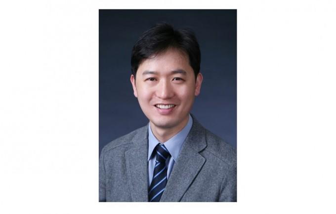 박병국 KAIST 신소재공학과 교수가 '이달의 과학기술인상' 10월 수상자로 선정됐다. 과학기술정보통신부 제공