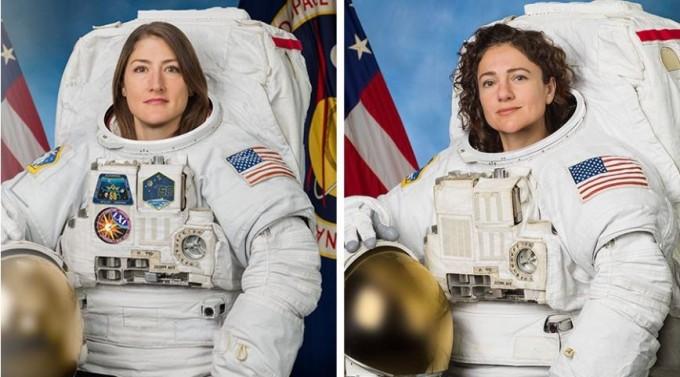 미국의 여성 우주인 크리스티나 코흐(왼쪽)와 제시카 메이어(오른쪽)가 고장난 국제우주정거장(ISS) 배터리 부품을 교체하기 위해 우주유영에 나섰다.NASA 제공