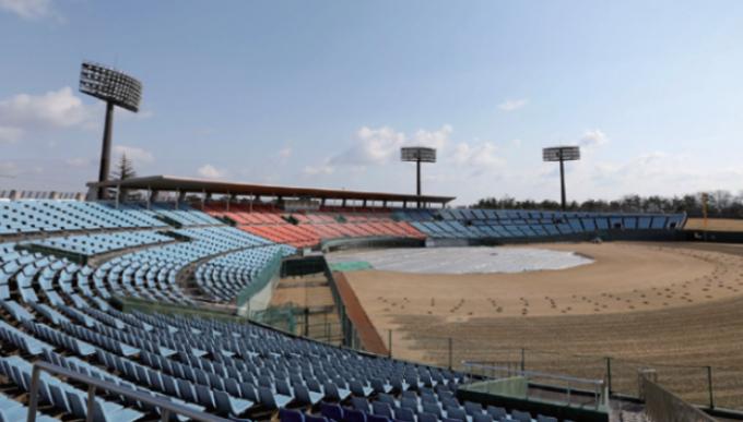 2020년 도쿄올림픽 때 야구, 소프트볼 경기가 열리는 일본 후쿠시마현 소재 아즈마 구장. 사고 원전에서 약 70km떨어져 있다. TOKYO 2020