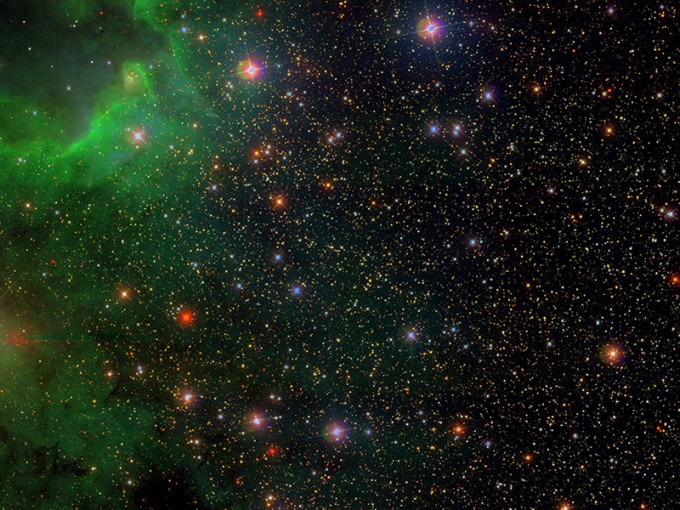 토드 톰슨 미국 오하이오주립대 천문학부 교수 연구팀은 새로운 블랙홀 탐색법을 개발해 태양 질량의 3.3배 크기인 초소형 블랙홀을 발견하는 데 성공했다. 수많은 별들 중에서 쌍성계를 가진 것으로 추정되는 천체를 찾고 여기서 블랙홀을 찾는 방식이다. 오하이오주립대 제공