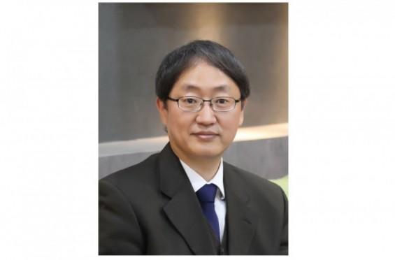 이달의 과학기술인에 신축성 전자시스템 권위자 홍용택 교수