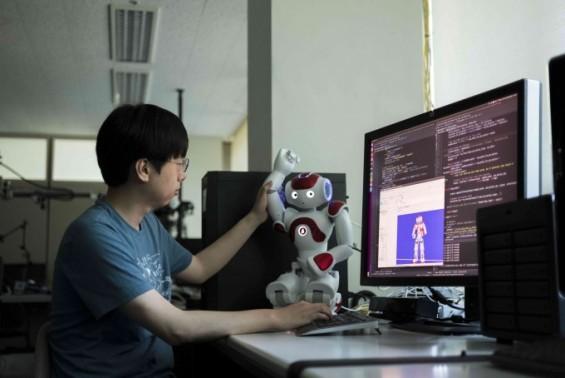 노약자 행동 11만건 '돌봄로봇' 개발자들에게 푼다