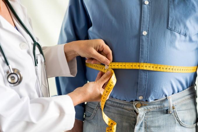 노인의 허리둘레가 클수록 치매에 걸릴 위험이 더 높다는 사실을 고려대 구로병원 연구팀이 최초로 밝혀냈다. 게티이미지뱅크 제공