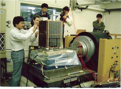 깡통 하나 못 띄우던 한국 '위성 개발 강국' 만들다