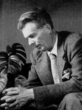 소설 '멋진 신세계'로 유명한 영국 작가 올더스 헉슬리는 평생 사이키델릭에 심취해 '지각의 문(The doors of perception)'을 비롯해 관련 주제로 책을 여러 권 쓰기도 했다. 말년에 후두암으로 말을 할 수 없었던 헉슬리는 죽음을 예감하자 아내에게 'LSD 100㎍, 근육주사로'라는 메모를 건넸다. 1963년 11월 22일 오전 11시 20분 LSD가 투여됐고 오후 5시 20분 헉슬리는 69세로 영면했다. 위키피디아 제공