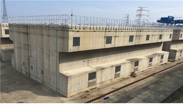 경북 경주 월성원전 부지에 지어진 사용후핵연료 건식저장시설 ′맥스터′의 모습이다. 월성원자력본부 제공