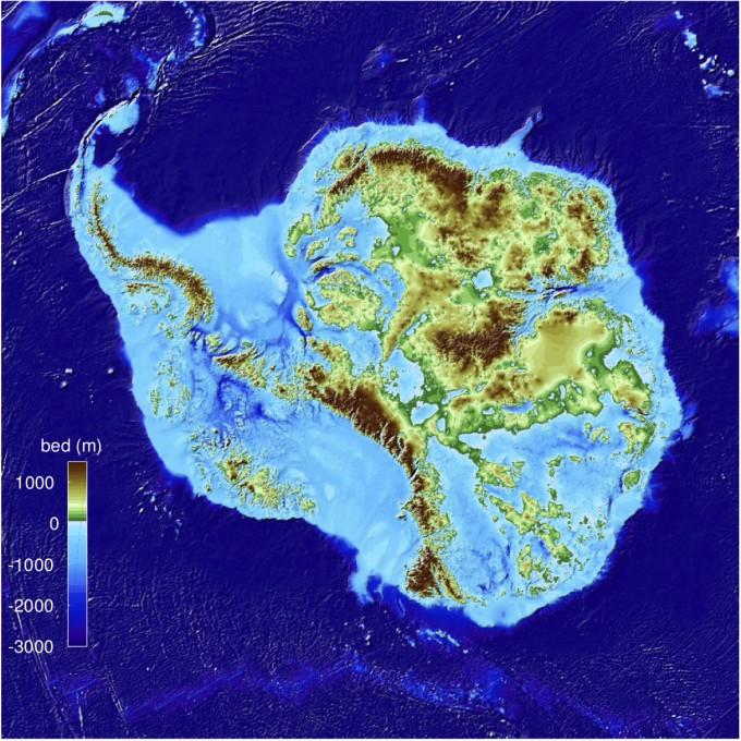 남극 빙하 아래 땅을 500m 단위로 정밀하게 측정한 지형도가 새롭게 제작됐다. 극지연구소 제공