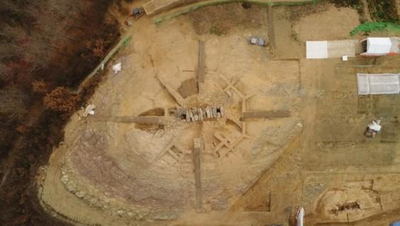 1400년전 아라가야 지배자 무덤천장에 새긴 별자리 그림