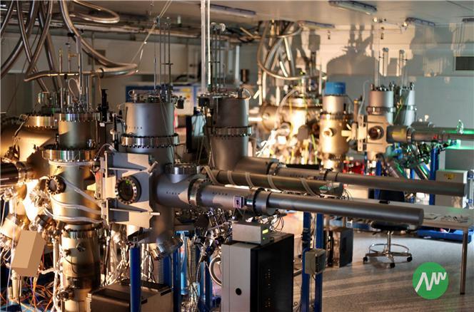 아이브이웍스의 질화갈륨 에피웨이퍼 생산장비. 아이브이웍스 제공.