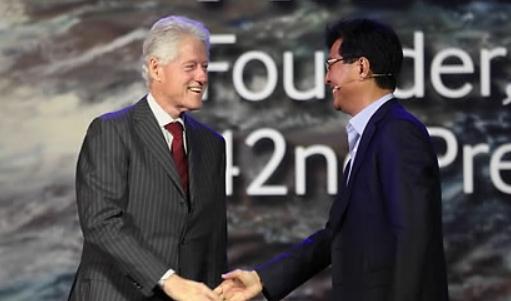 기조연설로 보는 'CES 10년'…한국 기업은 5차례 연단에