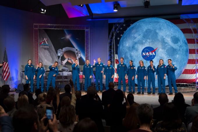지난 10일(현지시각) 존슨우주센터에서 열린 NASA 우주인 졸업식. NASA 제공.