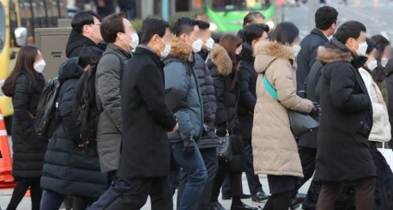 국내 '신종 코로나' 추가 환자 1명 늘어 25명...중국 누적 확진자는 3만7000명 넘어