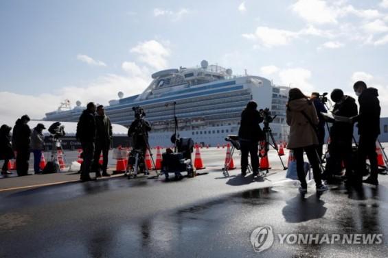 '보건선진국 맞아?'…美日, 코로나 안이한 대처로 실책 잇따라