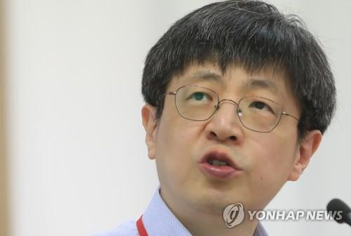 '유전자 가위 특허 논란'으로 법정에 서게 된 김진수 전 교수