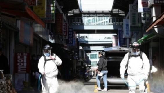 코로나 사태로 쪼그라든 일상…'사회적 거리두기' 언제까지